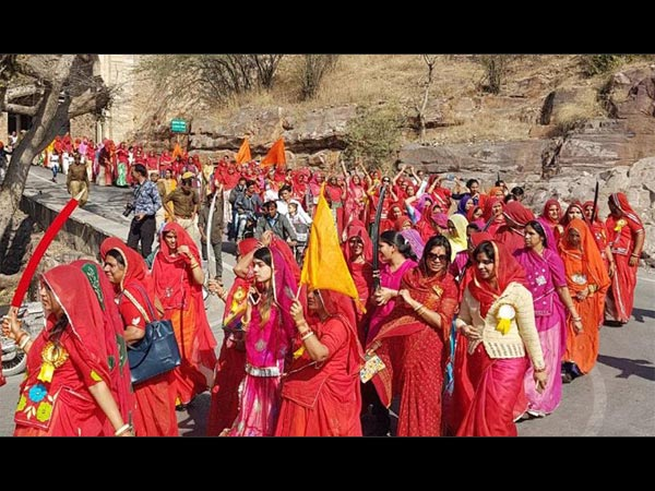 We'll Kill Ourselves If Padmaavat Is Released: Rajput Women From Jauhar Smriti Sansthan Threaten!