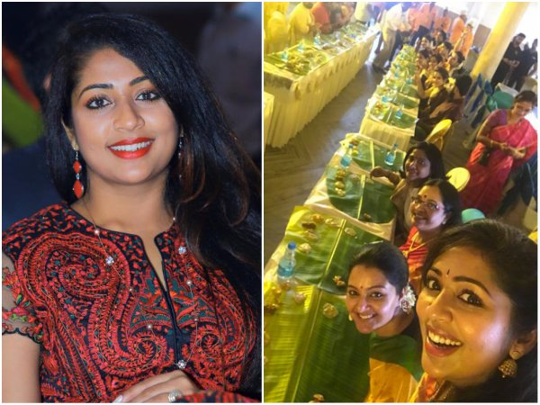 Navya Nair's 'Sadya Selfie' From Bhavana-Naveen Wedding Is A Big Hit!