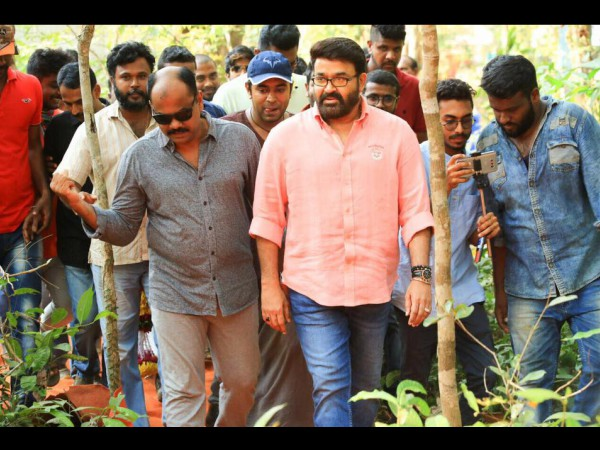 Mohanlal Joins Kayamkulam Kochunni Team..