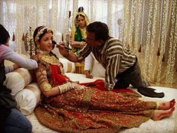 Aishwarya Rai Bachchan Unseen Pictures As Bride From Jodha Akbar Sets Aishwarya Rai Bachchan Unseen Pictures Aishwarya Rai Bachchan Filmibeat Weitere ideen zu indische schauspielerinnen, indisch, zee one. aishwarya rai bachchan unseen pictures