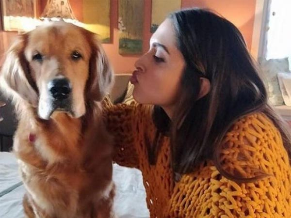 Deepika Padukone & Cute Doggy