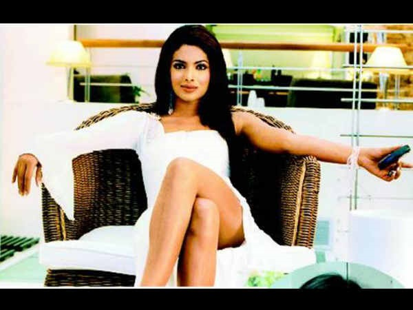 HOT BUZZ! Priyanka Chopra To Make A Comeback In Bollywood With Aitraaz 2?