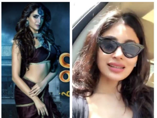Here's Mouni Roy's Special Shout Out To Naagin 3 Actress Karishma Tanna
