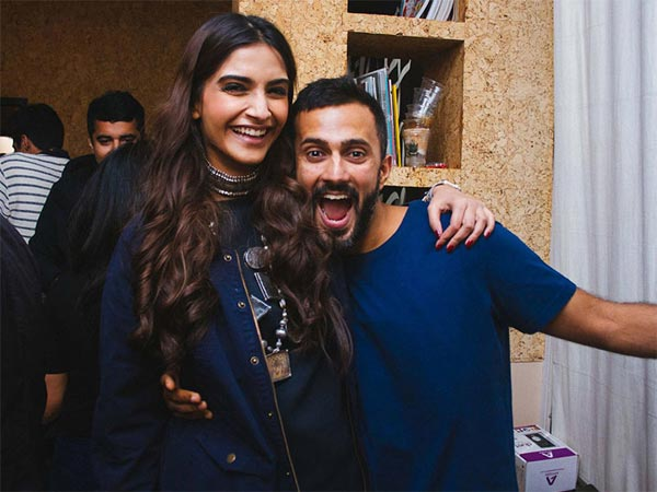 Sonam Kapoor makes a stylish return to Mumbai