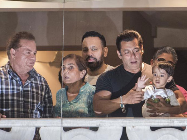 Journalists Also Support Salman & Points Finger At 'Someone Else'