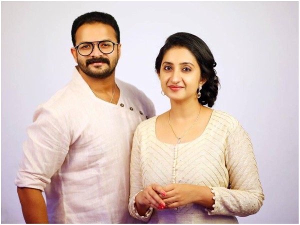 Jayasurya Has Appeared As Female Model His Wife
