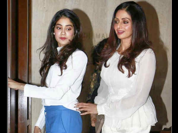 Janhvi Recalls How Her Mother Sridevi Reacted After Watching 25 Minutes Of Her Debut Movie 'Dhadak'
