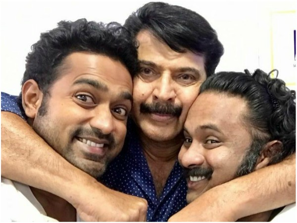 This Selfie Featuring Mammootty, Asif Ali & Aju Varghese Is Not To Be Missed!