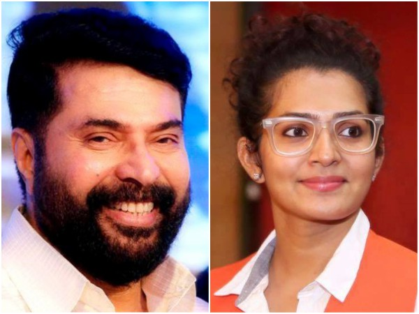 When Mammootty Handed Over The Trophy To Parvathy At Asianet Film Awards 2018!