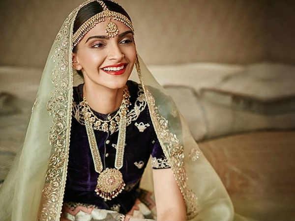 Sonam Kapoor-Anand Ahuja's wedding invitation goes viral