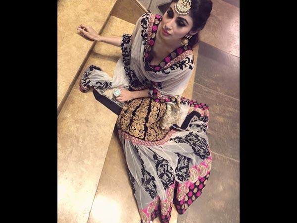 Naagin Actress Mouni Roy Shares A Lehenga Picture
