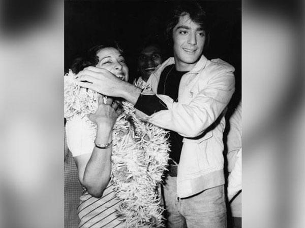 Sanjay Dutt Friend Thrashes Him, Sanjay Dutt Reveals His Mother Nargis Dutt  Turned Him Into A Spoilt Brat, Sanjay Dutt - Filmibeat