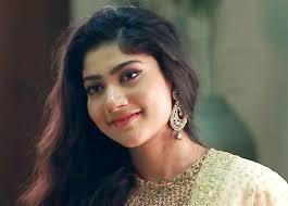 Best Actor In A Leading Role Female - Sai Paalavi(Fidaa)
