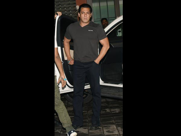 Salman Khan Arrived In Style