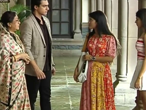 Naira, Dadi & Kartik Come Together To Help Tanvi