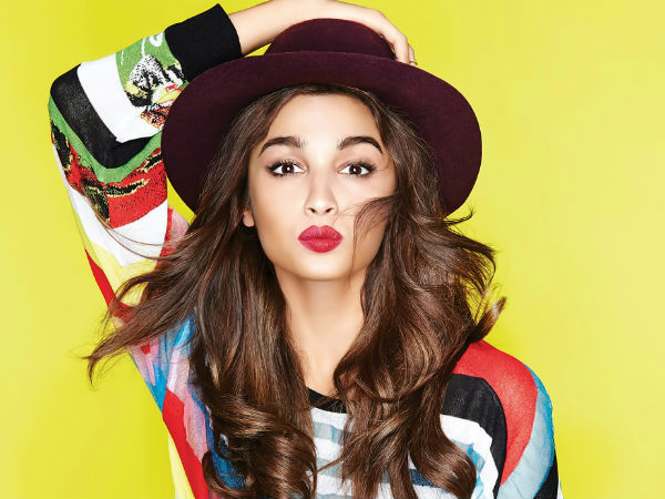 PIC TALK: Did Alia Bhatt Step Out Wearing Ranbir Kapoor's Barcelona Jersey Jacket? Fans Think So