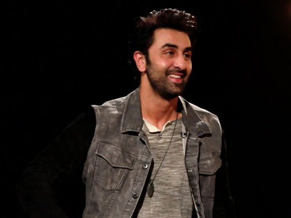 Ranbir does a Munna Bhai and fans can not  keep calm