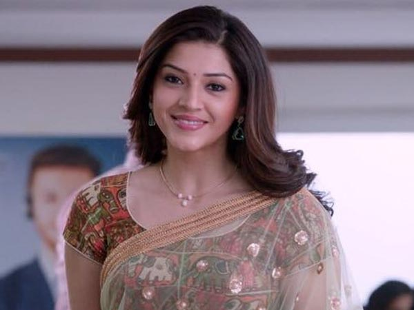 Mehreen Pirzada Questioned In Connection With The Tollywood S*X Racket