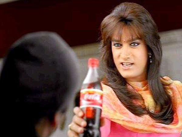 When Aamir Turned A Lady For An Ad