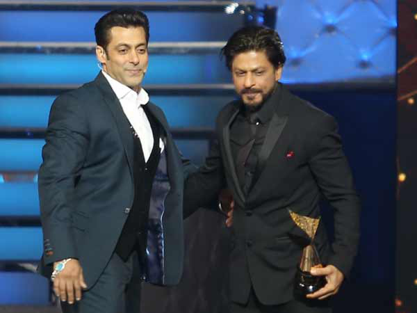 Shahrukh & Salman Enter The Boxing Ring For This Reason
