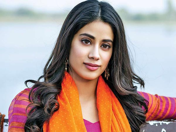 Janhvi Kapoor: I Was Obsessed With SRK's Om Shanti Om; Would Enact Every Scene From The Film