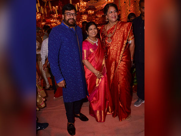Chiranjeevi Makes A Grand Entry!