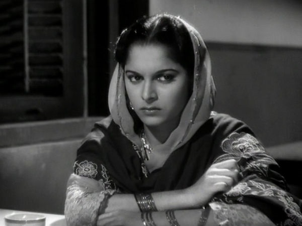 When Waheeda Rahman Would Fall Asleep On The Sets
