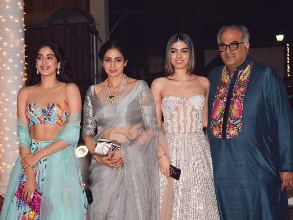 Janhvi Kapoor Revealed The First Reaction Of Sridevi When She Decided To Be An Actress!