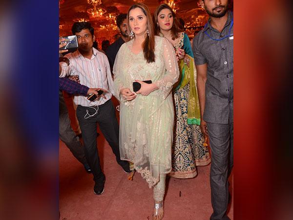 Sania Mirza Looked Nice At The Wedding