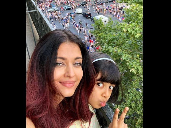 Aishwarya Rai & Aaradhya Capture The FIFA World Cup 2018 Grand Finale Frenzy In Paris! View Pictures