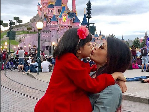 Aishwarya-Aaradhya's Picture Is All Things Love