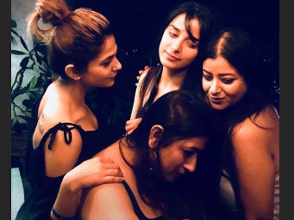 Jennifer Winget's Party Pictures With Her Girl Squad Are Adorable! She Calls Them Her Lifeline!