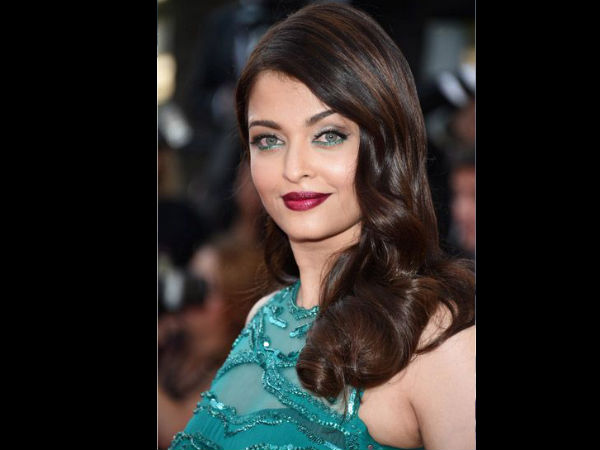 Returning to Aishwarya Rai ..