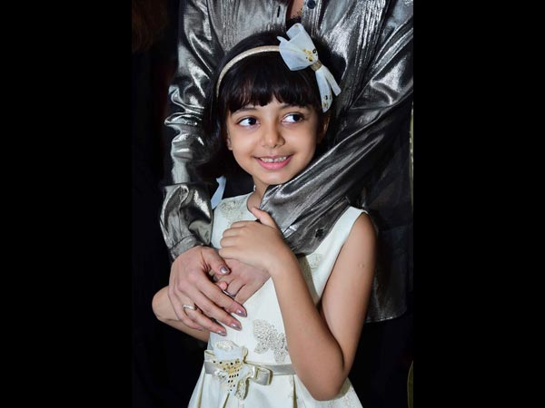 Aaradhya Caught The Screening Of Fanney Khan