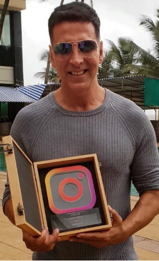Akshay Kumar Receives Another 'Gold'; Find Out Why!