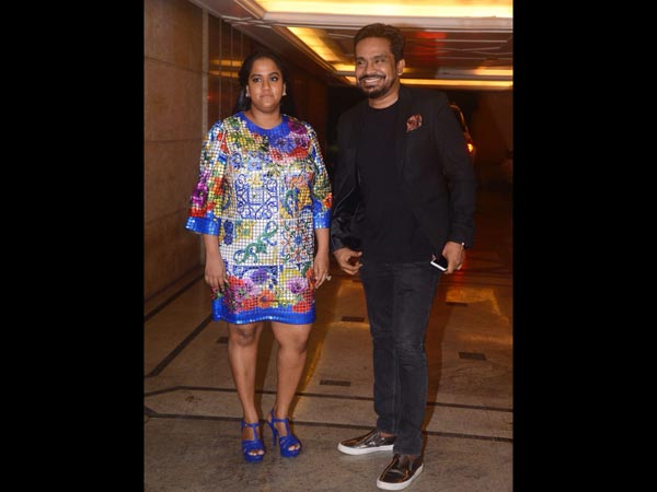In Pic: Mushtaq (& Arpita) At Engagement Party