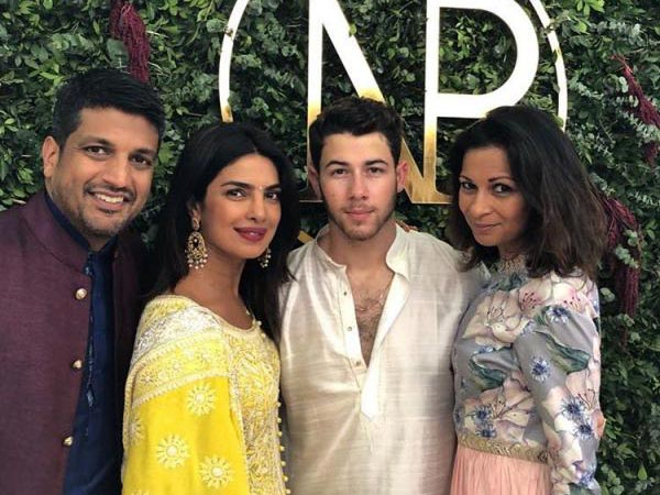 Priyanka & Nick Make For A Picture-Perfect Couple