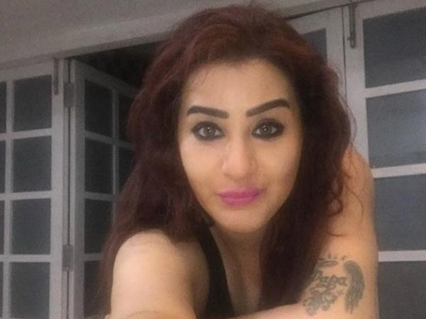 After Hina Khan, Shilpa Shinde Gets Trolled; Haters Post Nasty Comments On Her Picture!