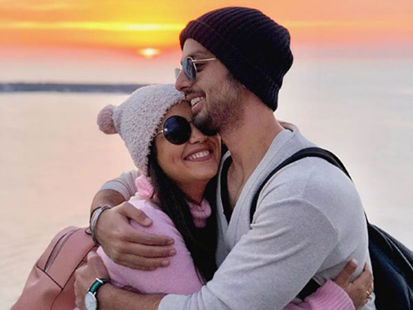 Neha Kakkar & Himansh Kohli To Marry! Singer Confirms Her Relationship On Indian Idol 10