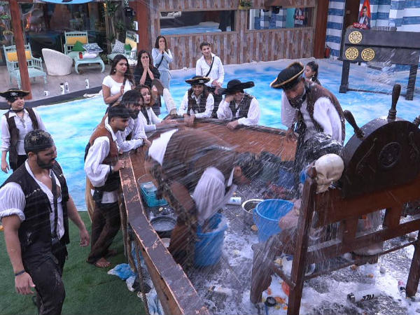 Bigg Boss 12 Highlights: Day 9 - Sreesanth Loses His Cool As Jodis Torture Singles; KVB & Neha Win!