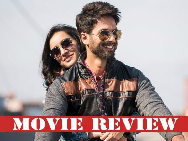 Batti Gul Meter Chalu Movie Review: This Shahid Kapoor Starrer Turns Out To Be A Fused Bulb!