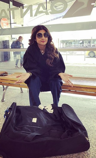 Shilpa Shetty Faces Racism At Sydney Airport!