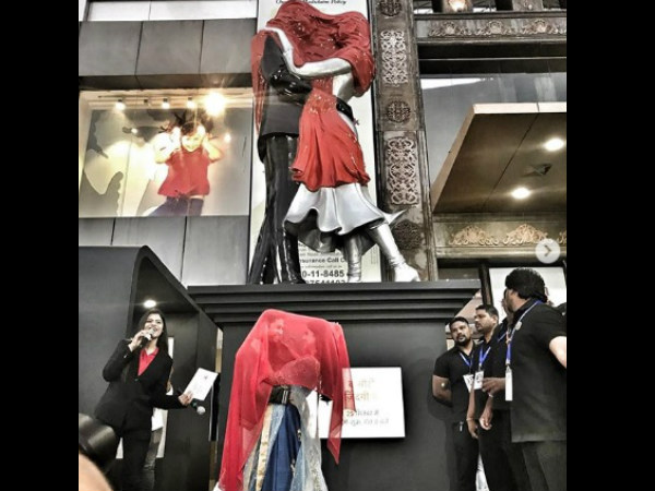 Vatsal & Ishita Unveil The Statue Of Love