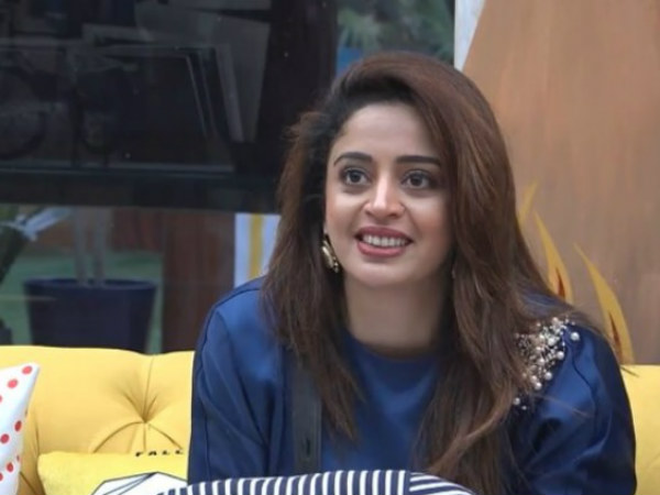Bigg Boss 12 Fans Wants Neha Pendse Back On The Show; Trend #BringNehhaPendseBack On Twitter!
