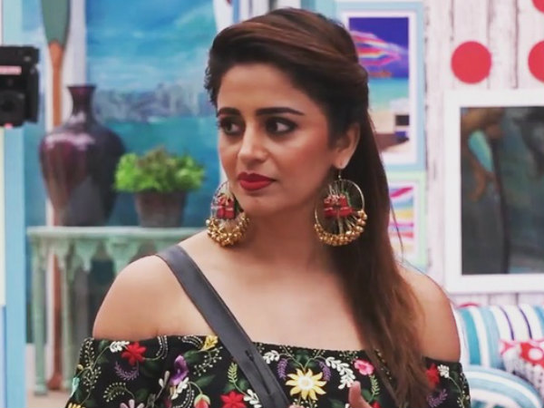 Bigg Boss 12: Fan UPSET With Neha Pendse's Elimination; Wants Her Back As Wild Card Entrant!