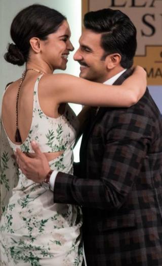 Inside Details About Ranveer-Deepika's Wedding!