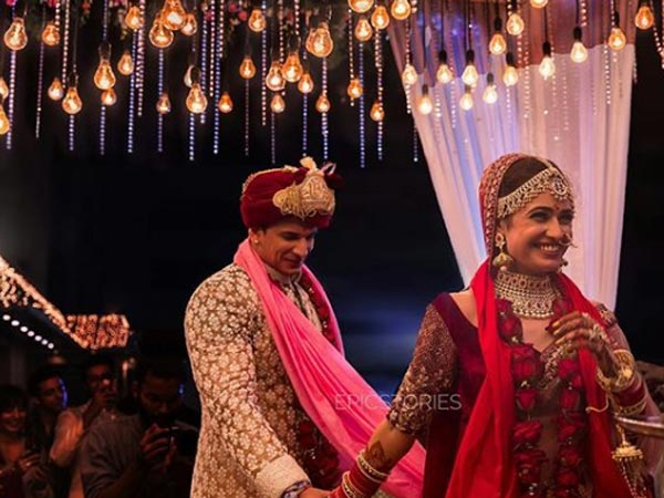 Prince Narula-Yuvika Chaudhary Unseen Wedding Pics; They Revealed A Secret While Taking 'Phere'