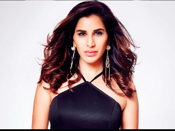 Sophie Choudry Has A Message For Women Who Are Willing To Compromise