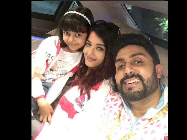 Aishwarya & Abhishek Were Spotted Supporting Their Team 'Pink Panthers'