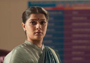 Sarkar Varalaxmi Sarathkumar S Komalavalli Character Creates Buzz Tamil Politics